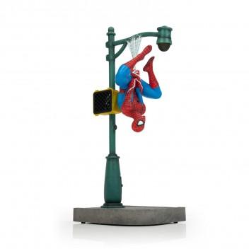 SPIDER-MAN COLLECTOR' S GALLERY STATUE