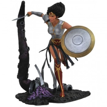 DC GALLERY - METAL WONDER WOMAN PVC FIGURE
